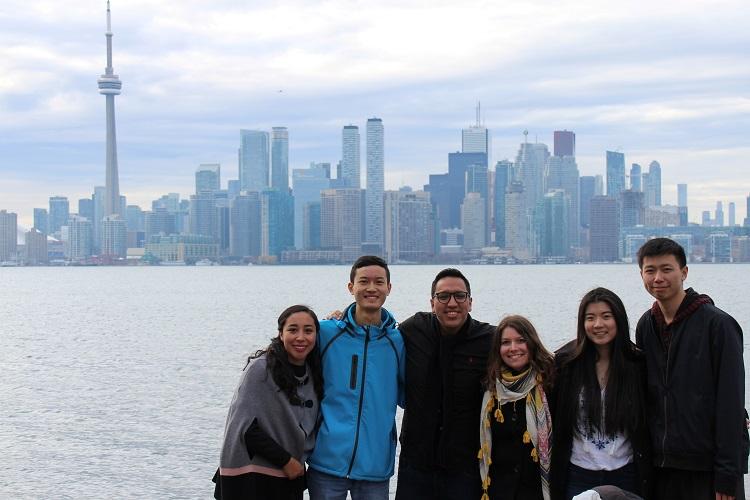 Narozeniny na Centre Islandu s AIESECem Toronto