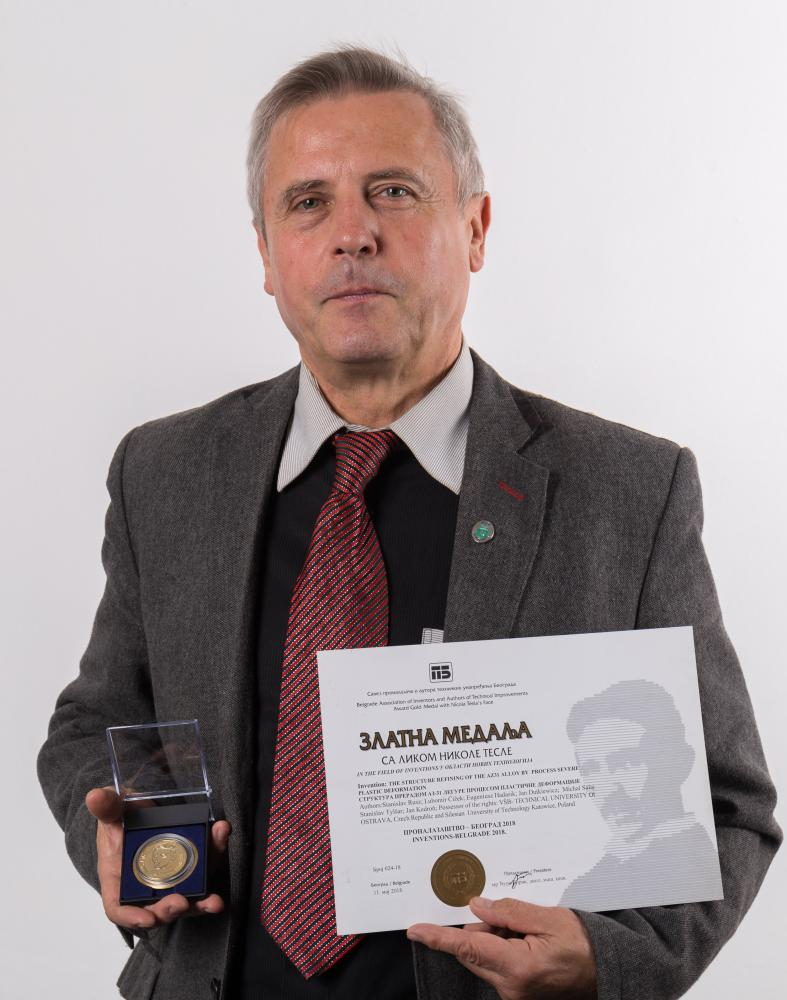 Úspěch vědeckého týmu prof. Stanislav Rusze z Fakulty strojní