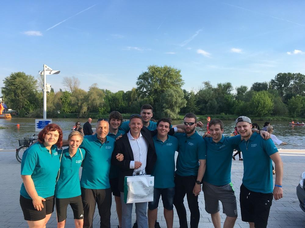 Osma VŠB-TUO se zúčastnila mezinárodní veslařské regaty