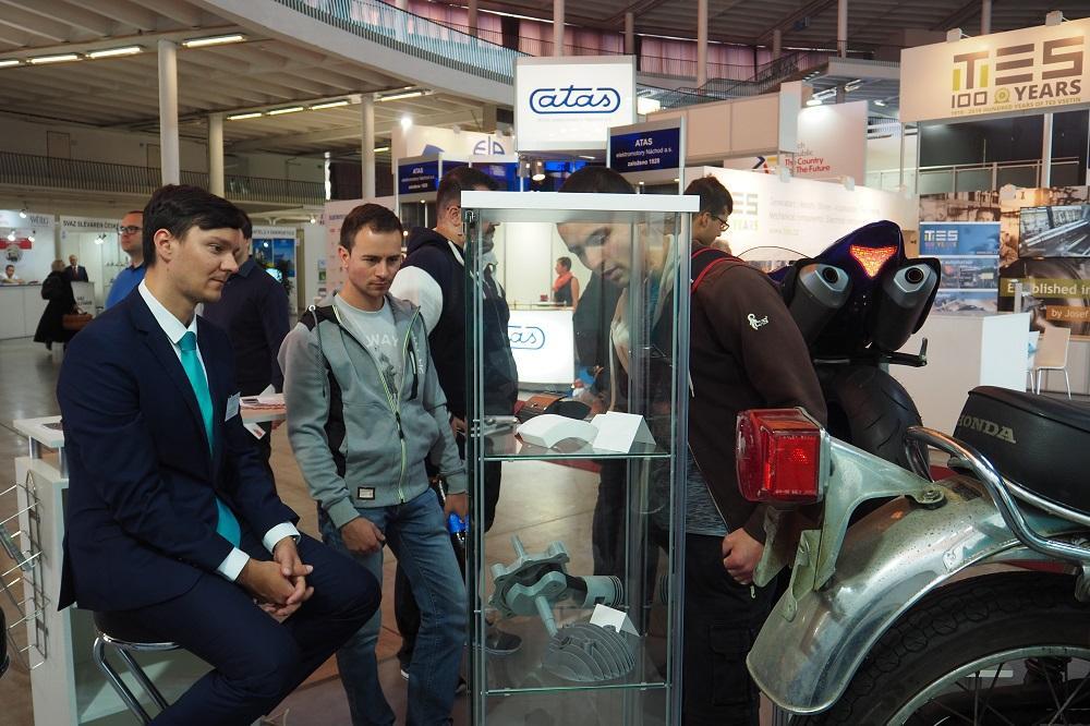 Mezinárodní strojírenský veletrh ocenil projekt StudentCar z VŠB-TUO