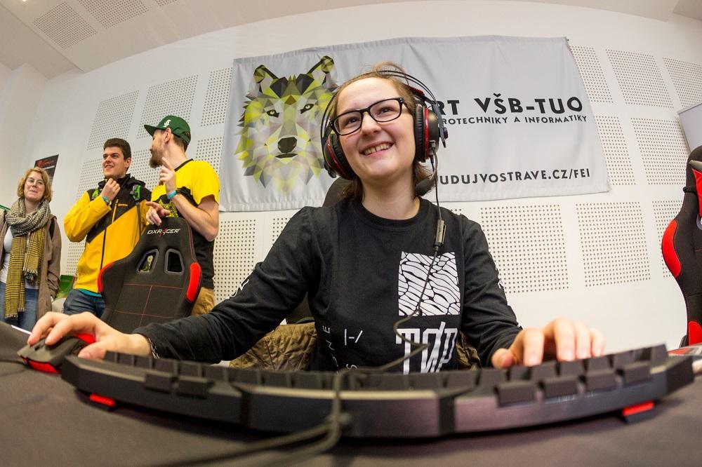 VŠB – Technická univerzita Ostrava má nový předmět  zaměřený na počítačové online hry