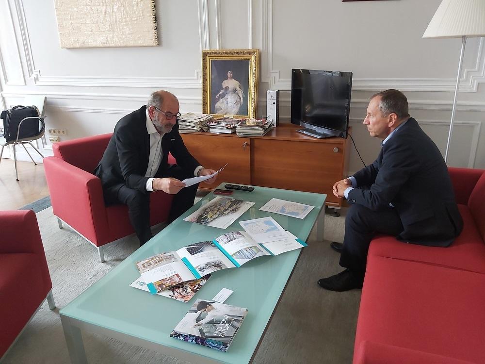 Rektor Snášel diskutoval s velvyslancem o spolupráci s francouzskými univerzitami