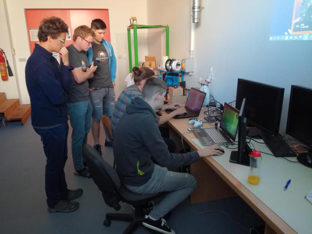 Studenti robotiky vybojovali stříbro na prestižní soutěži