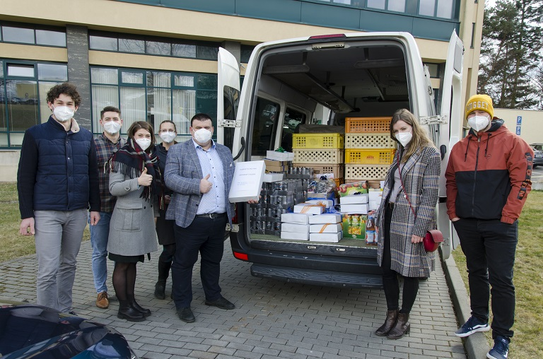 Ostravští strojaři posílají energii zdravotníkům