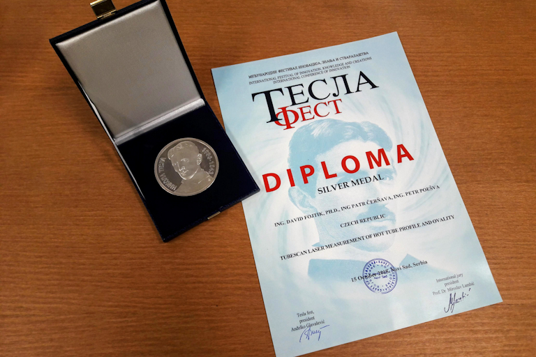 Stříbrná medaile na TESLA Fest 2018 pro Fakultu strojní