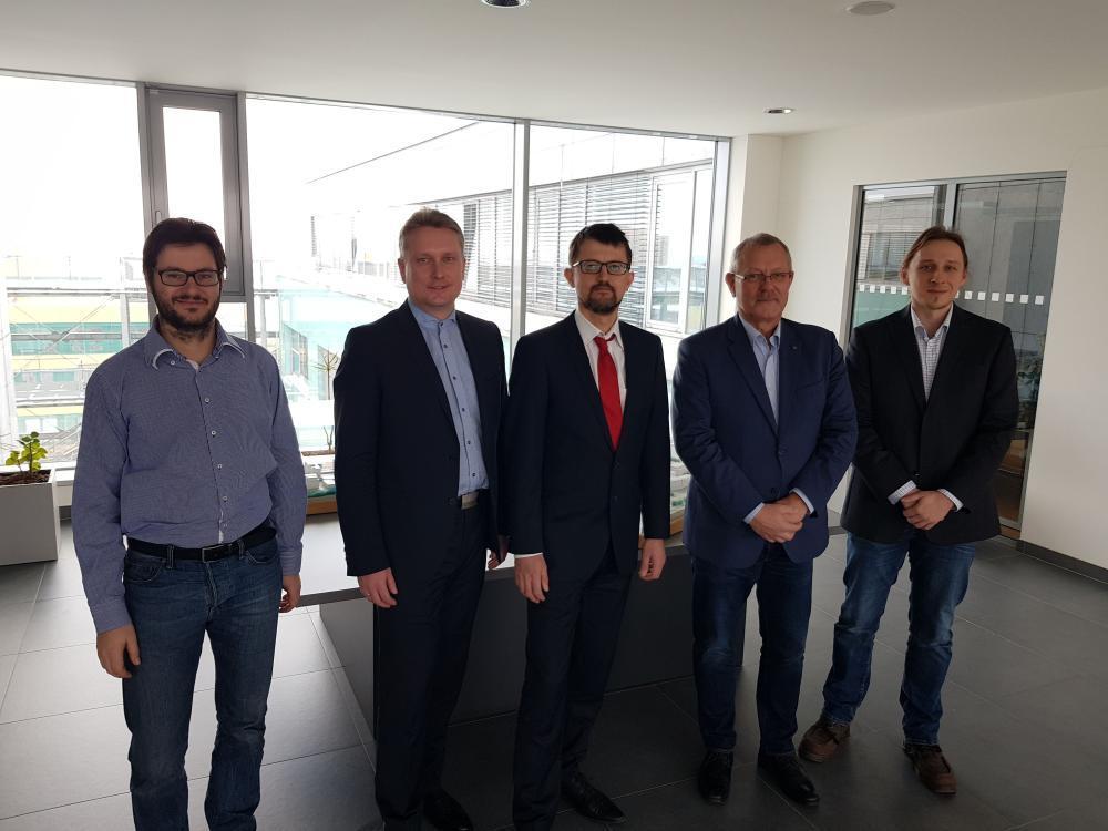 Naše univerzita uzavřela dohodu o spolupráci se společností NXP