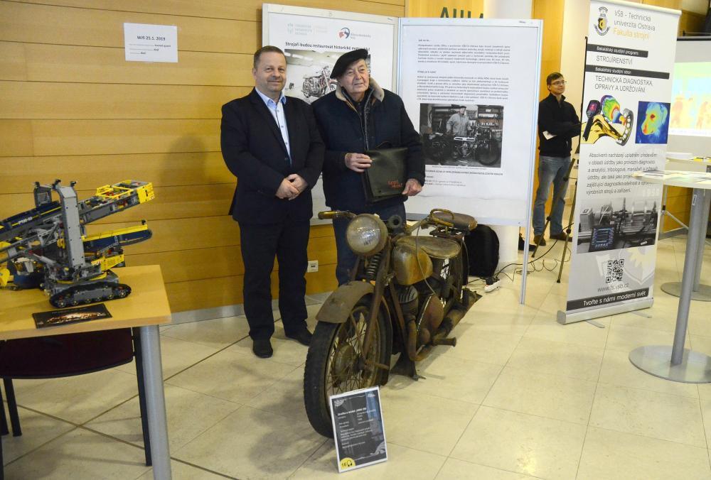 Strojaři z VŠB-TUO budou restaurovat historické motocykly