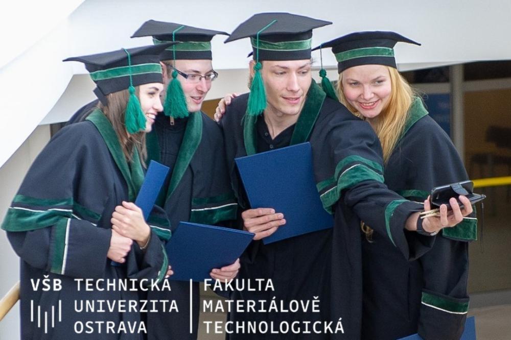 Slavnostní promoce absolventů Fakulty materiálově-technologické