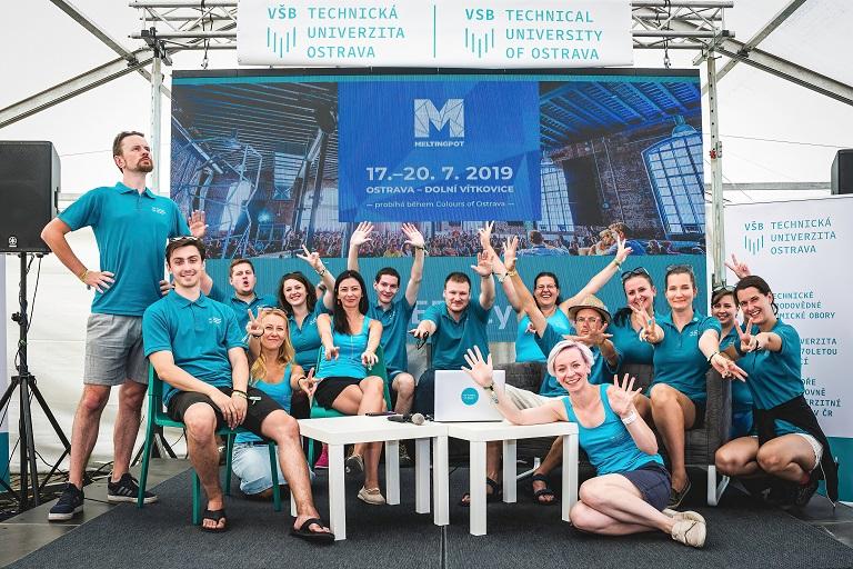 Scéna VŠB-TUO bavila návštěvníky festivalu Colours of Ostrava
