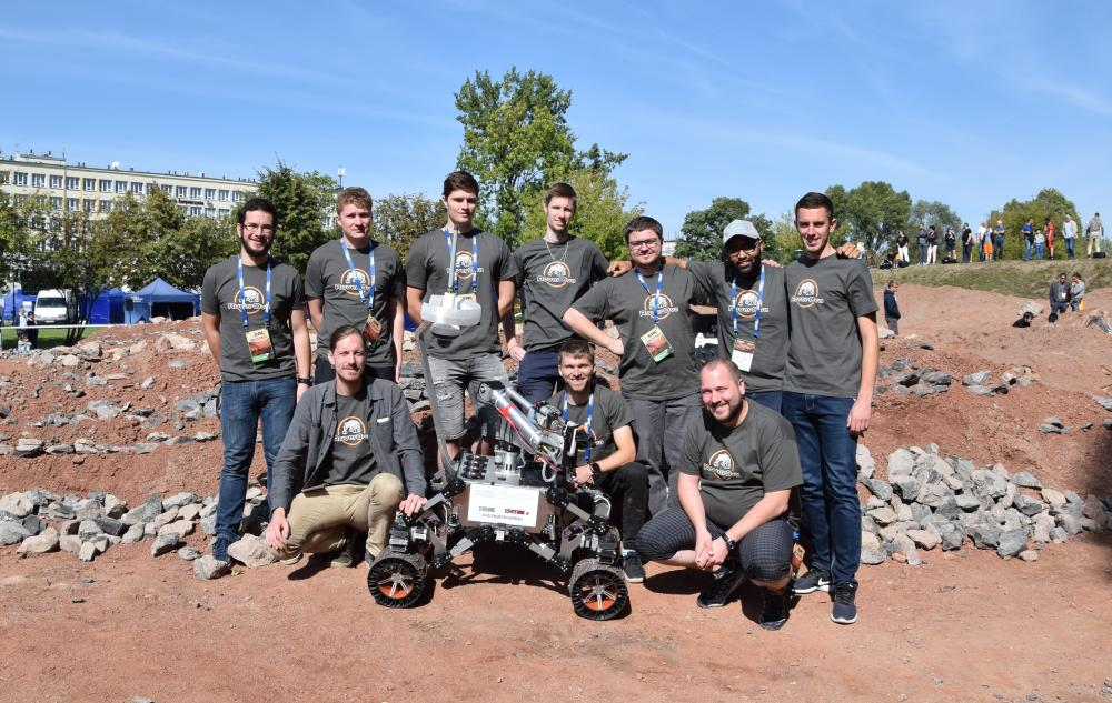 It is a dream! The RoverOva team takes bronze from the prestigious robots competition