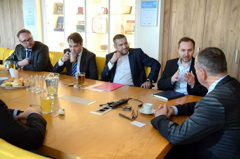 VŠB-TUO a T-Mobile uzavírají memorandum o dlouhodobé spolupráci