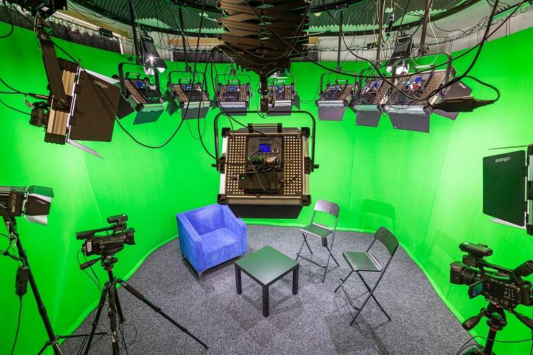 Nová multimediální učebna FEI VŠB-TUO otevře cestu nejen mezifakultní spolupráci