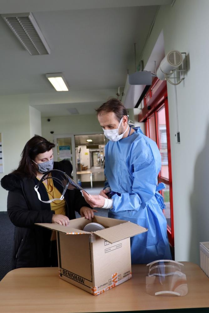 VŠB-TUO pomáhá v boji proti koronaviru i Fakultní nemocnici Ostrava