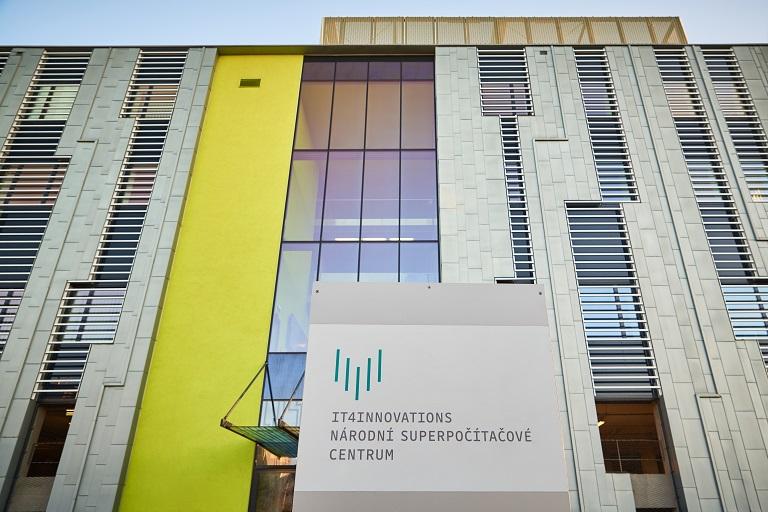 Aktuální stav dopravy na silničních tazích a ve vybraných městech ČR v nové aplikaci viaRODOS